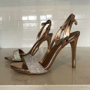 Steve Madden Shoes - Steve Madden strappy heels